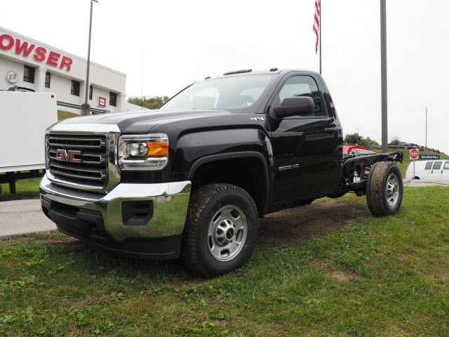 2016 Sierra 2500 Regular Cab 4x4, Cab Chassis #G16881 - photo 3