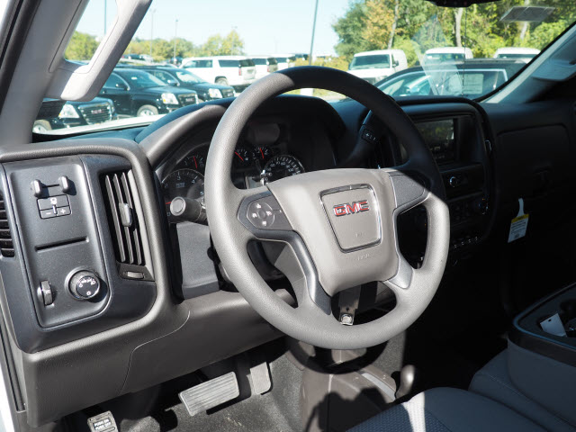 2016 Sierra 2500 Regular Cab 4x4, Cab Chassis #G16882 - photo 9