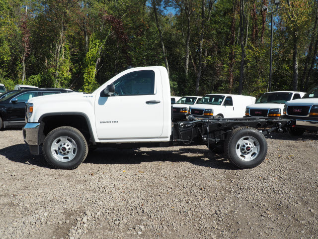 2016 Sierra 2500 Regular Cab 4x4, Cab Chassis #G16882 - photo 5