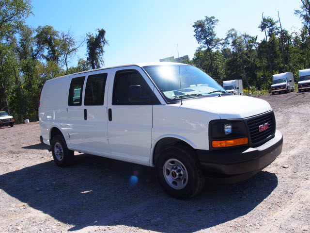 2017 Savana 2500, Cargo Van #G17215 - photo 4