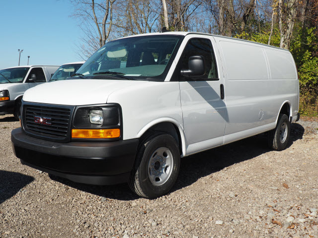 2017 Savana 3500, Cargo Van #G17351 - photo 4
