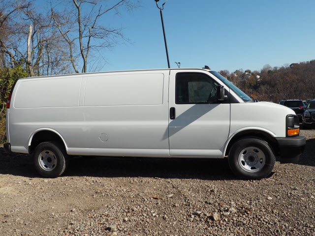 2017 Savana 3500, Cargo Van #G17351 - photo 8
