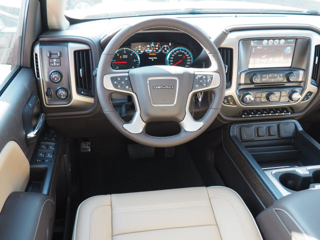 2018 Sierra 1500 Crew Cab 4x4 Pickup #G18256 - photo 7