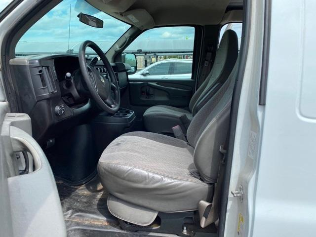 2012 Chevrolet Express 2500 RWD, Empty Cargo Van #C1103292 - photo 1