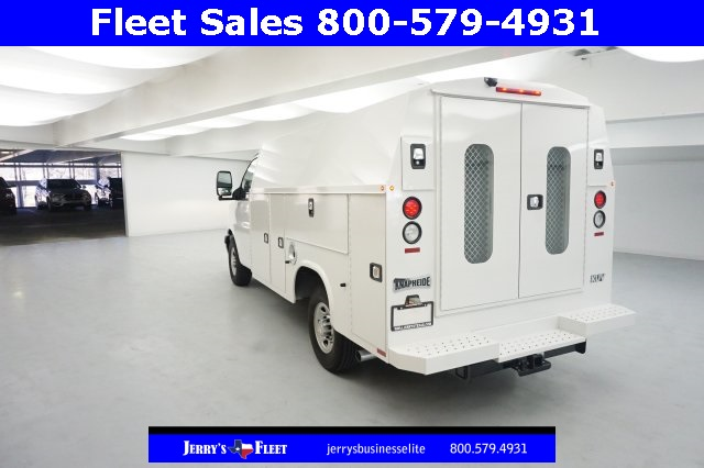 2017 Express 3500, Service Utility Van #H1342568 - photo 2