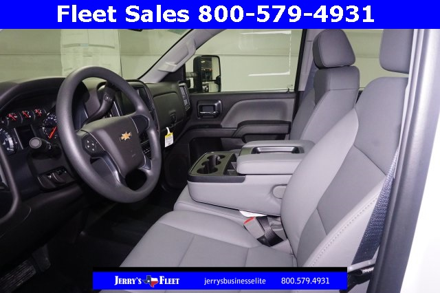 2018 Silverado 3500 Crew Cab DRW, Platform Body #JF147799 - photo 5