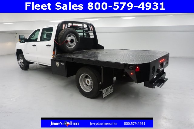 2018 Silverado 3500 Crew Cab DRW, Platform Body #JF147799 - photo 2