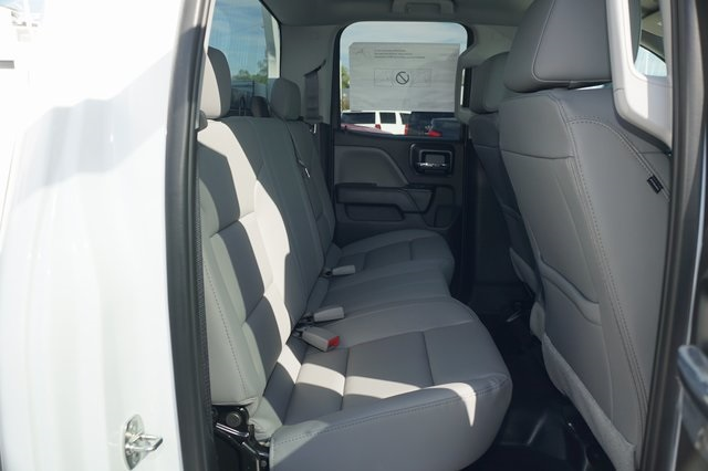 2019 Silverado 2500 Double Cab 4x2,  Royal Service Body #K1124681 - photo 5