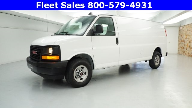 2017 Savana 3500 Cargo Van #H1315420 - photo 3