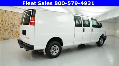 2017 Savana 3500 Cargo Van #H1315420 - photo 5