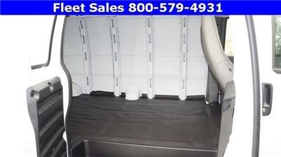 2017 Savana 3500 Cargo Van #H1315420 - photo 6