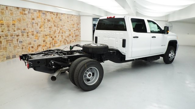 2017 Sierra 3500 Crew Cab 4x4, Cab Chassis #HF223833 - photo 2