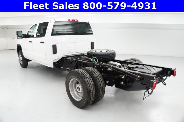 2018 Sierra 3500 Crew Cab 4x4 Cab Chassis #JF153232 - photo 4