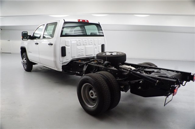 2018 Sierra 3500 Crew Cab DRW 4x2,  Cab Chassis #JF262595 - photo 4