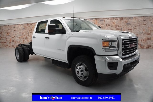 2019 Sierra 3500 Crew Cab DRW 4x4,  Cab Chassis #KF141439 - photo 1