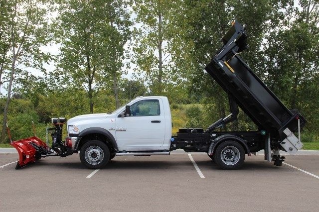 2017 Ram 5500 Regular Cab DRW 4x4 Dump Body #L17D558 - photo 9
