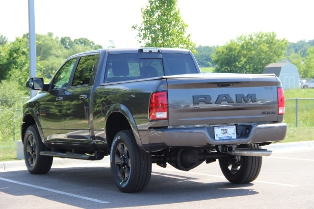 2017 Ram 3500 Crew Cab 4x4 Pickup #L17D711 - photo 6