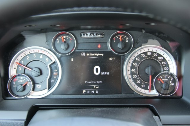 2017 Ram 3500 Crew Cab 4x4 Pickup #L17D711 - photo 15