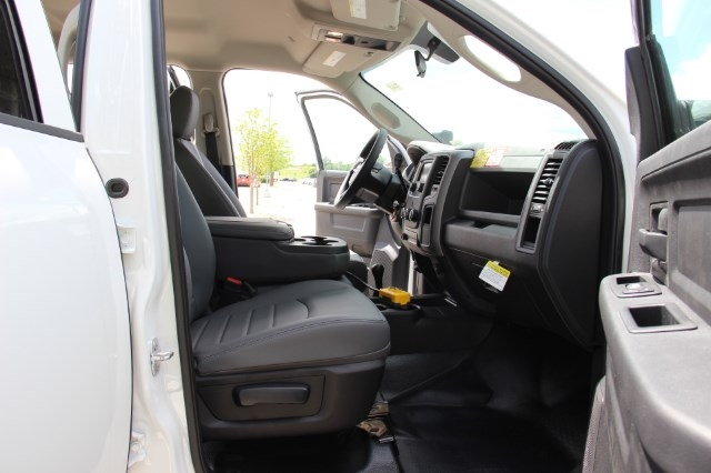 2017 Ram 5500 Crew Cab DRW 4x4 Dump Body #L17D716 - photo 18