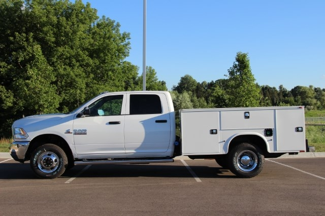 2017 Ram 3500 Crew Cab DRW 4x4 Service Body #L17D746 - photo 5