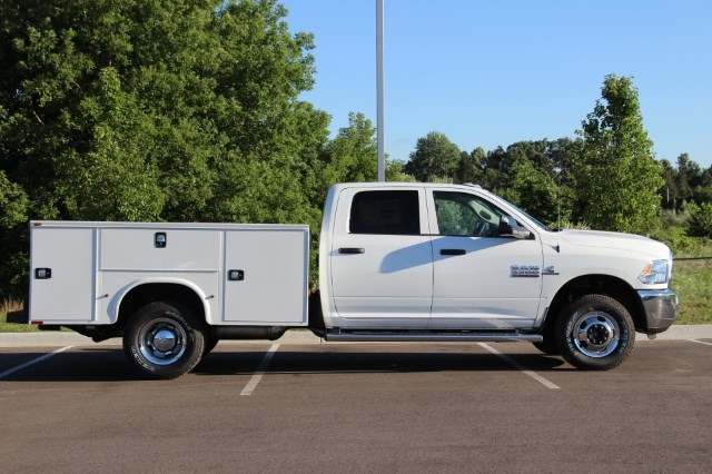 2017 Ram 3500 Crew Cab DRW 4x4 Service Body #L17D746 - photo 8