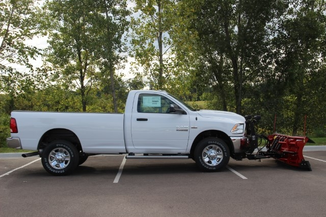 2017 Ram 3500 Regular Cab 4x4 Pickup #L17D862 - photo 11