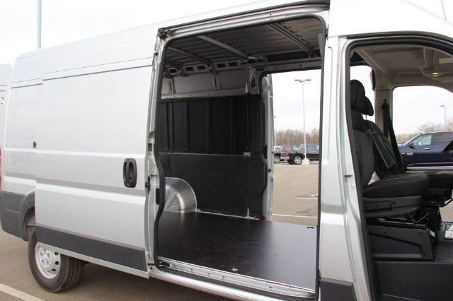 2018 ProMaster 2500 High Roof, Cargo Van #L18A023 - photo 13