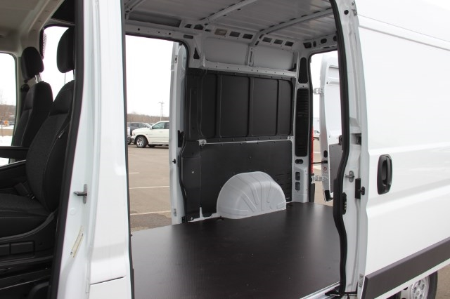 2018 ProMaster 1500 High Roof, Cargo Van #L18A027 - photo 13