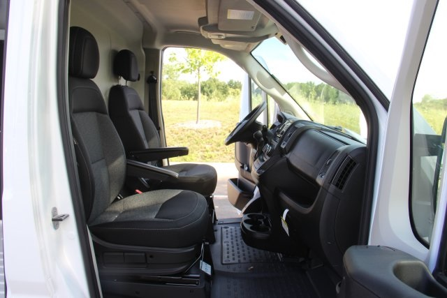 2018 ProMaster 3500 High Roof FWD,  Empty Cargo Van #L18A051 - photo 12