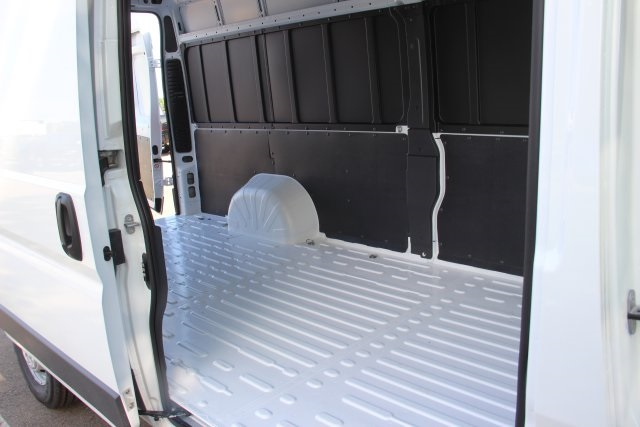 2018 ProMaster 3500 High Roof 4x2,  Empty Cargo Van #L18A051 - photo 13