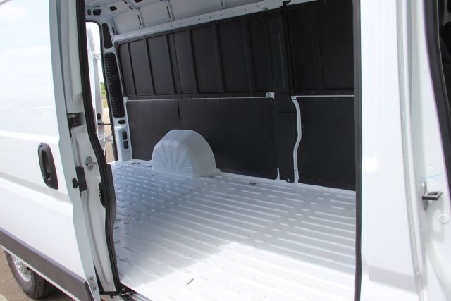 2018 ProMaster 3500 High Roof FWD,  Empty Cargo Van #L18A052 - photo 13
