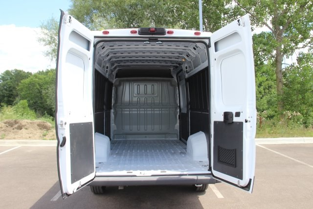 2018 ProMaster 3500 High Roof FWD,  Empty Cargo Van #L18A052 - photo 2