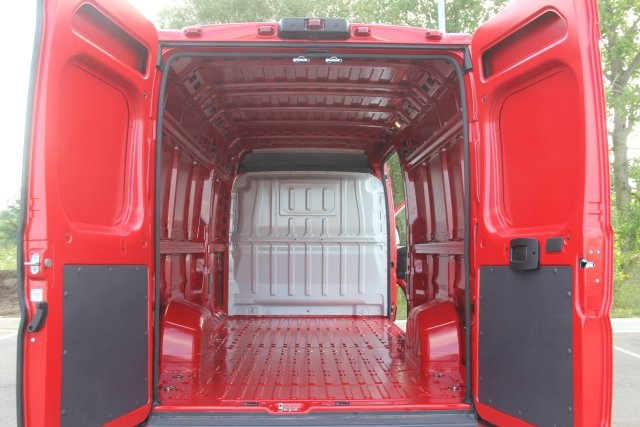 2018 ProMaster 3500 High Roof FWD,  Empty Cargo Van #L18A053 - photo 2