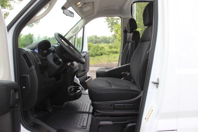 2018 ProMaster 2500 High Roof FWD,  Empty Cargo Van #L18A055 - photo 11
