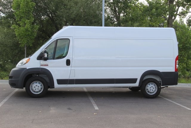 2018 ProMaster 2500 High Roof FWD,  Empty Cargo Van #L18A055 - photo 5