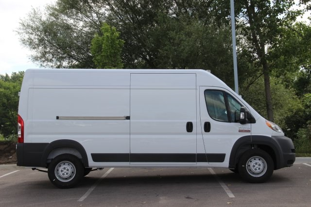 2018 ProMaster 2500 High Roof FWD,  Empty Cargo Van #L18A055 - photo 9