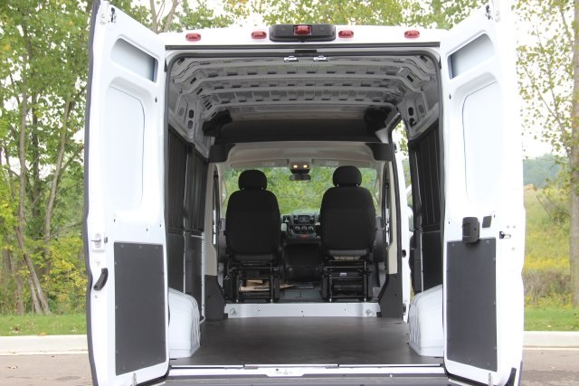 2018 ProMaster 2500 High Roof FWD,  Empty Cargo Van #L18A061 - photo 2