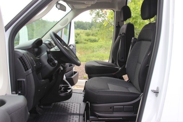 2018 ProMaster 2500 High Roof FWD,  Empty Cargo Van #L18A067 - photo 10