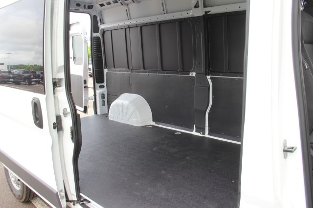 2018 ProMaster 2500 High Roof FWD,  Empty Cargo Van #L18A067 - photo 12