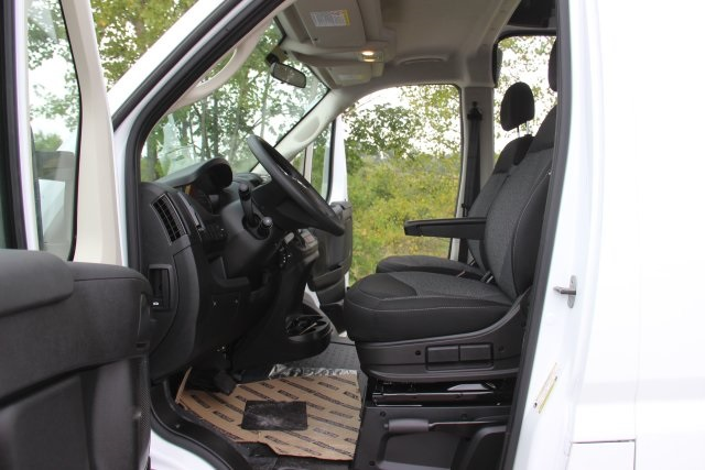 2018 ProMaster 2500 High Roof FWD,  Empty Cargo Van #L18A069 - photo 11