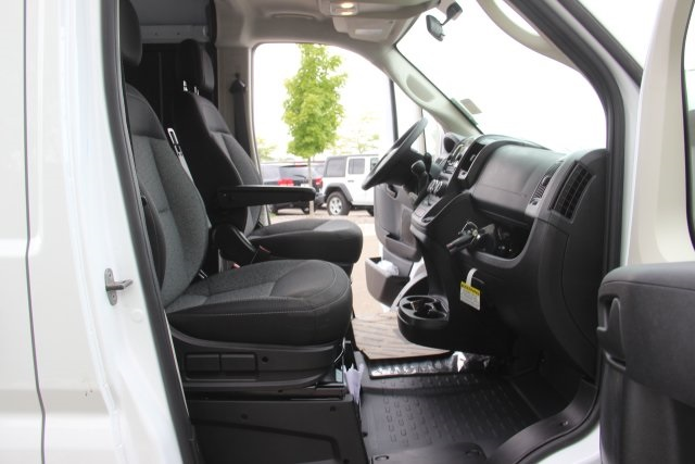 2018 ProMaster 2500 High Roof FWD,  Empty Cargo Van #L18A069 - photo 12