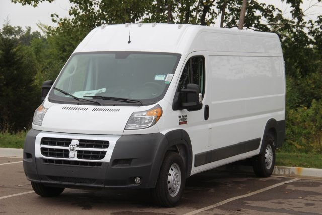 2018 ProMaster 2500 High Roof FWD,  Empty Cargo Van #L18A069 - photo 4
