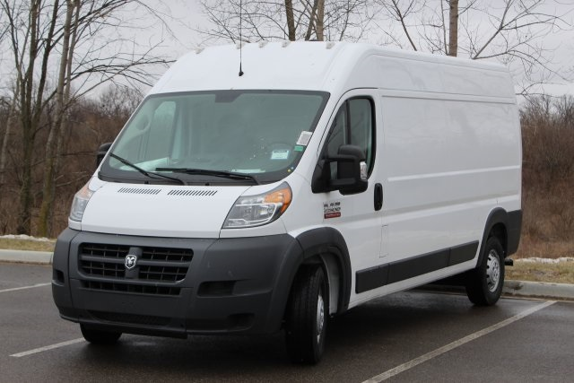 2018 ProMaster 2500 High Roof FWD,  Empty Cargo Van #L18A070 - photo 4