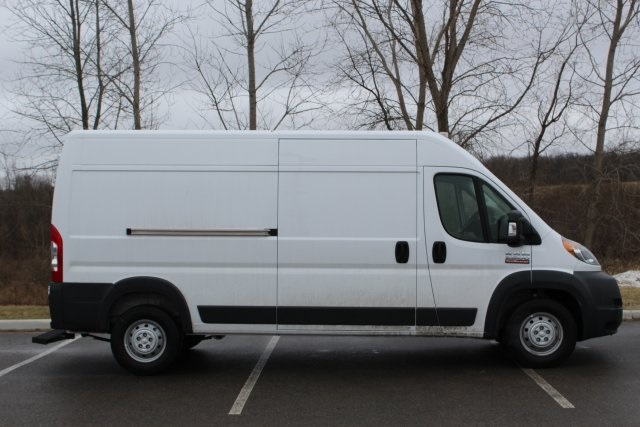 2018 ProMaster 2500 High Roof FWD,  Empty Cargo Van #L18A070 - photo 9