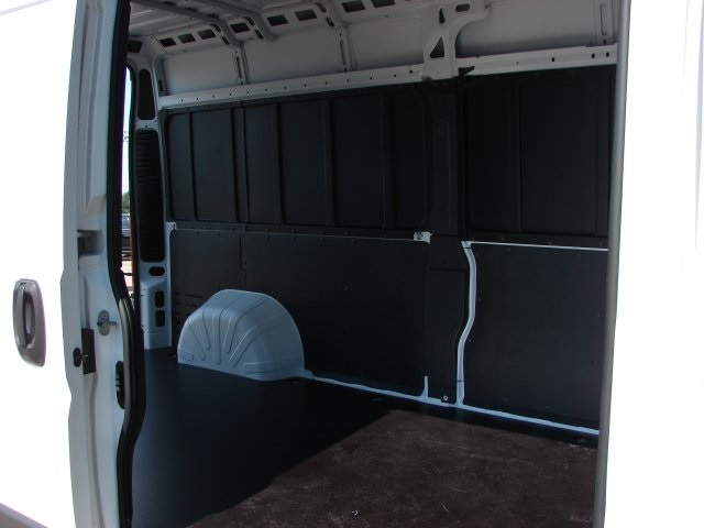 2018 ProMaster 2500 High Roof FWD,  Empty Cargo Van #L18A072 - photo 13