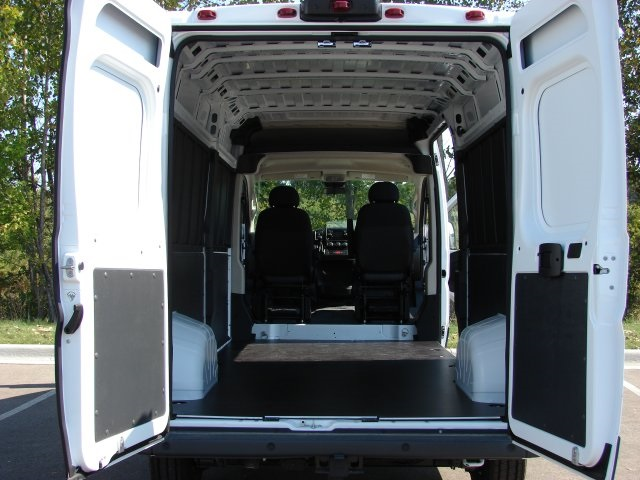 2018 ProMaster 2500 High Roof FWD,  Empty Cargo Van #L18A072 - photo 2