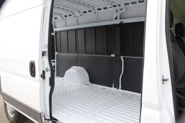 2018 ProMaster 3500 High Roof FWD,  Empty Cargo Van #L18A078 - photo 13