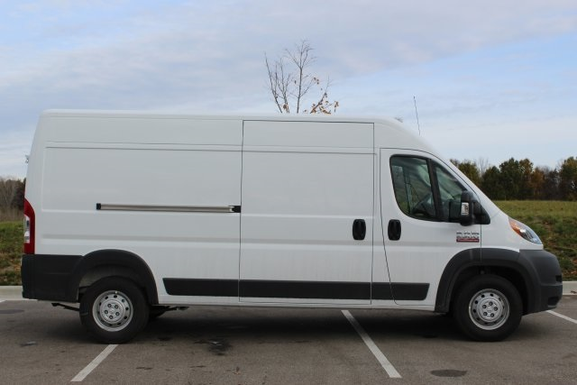 2018 ProMaster 2500 High Roof FWD,  Empty Cargo Van #L18A080 - photo 9