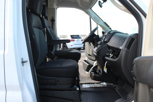 2018 ProMaster 2500 High Roof FWD,  Empty Cargo Van #L18A082 - photo 12