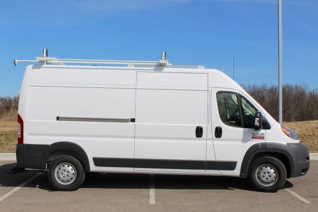 2018 ProMaster 2500 High Roof FWD,  Empty Cargo Van #L18A082 - photo 9